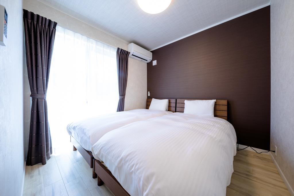 2TW bedrooms