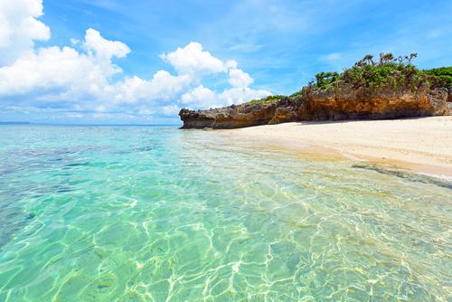 Une plage idyllique à Okinawa