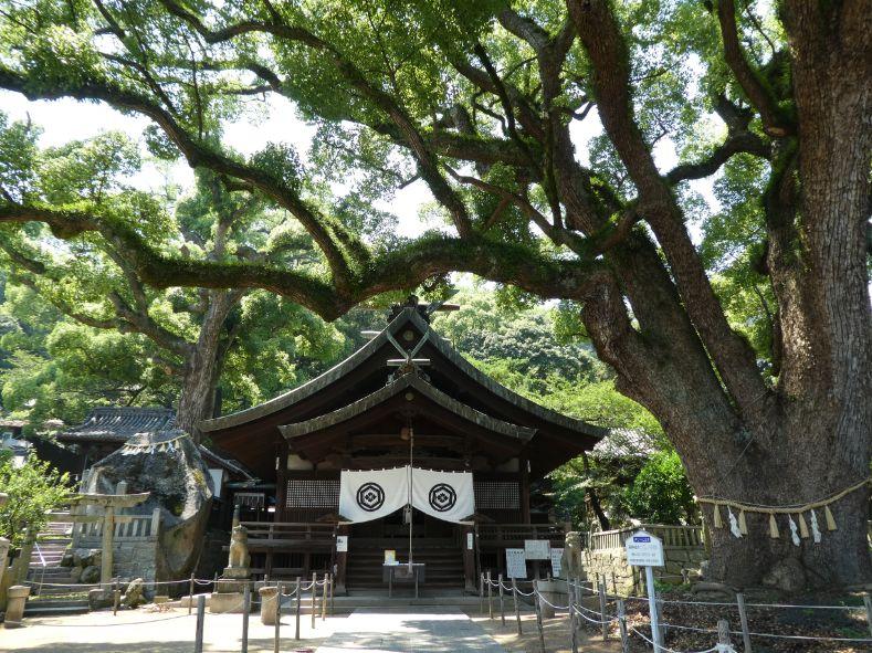 Ushitora-jinja Shrine