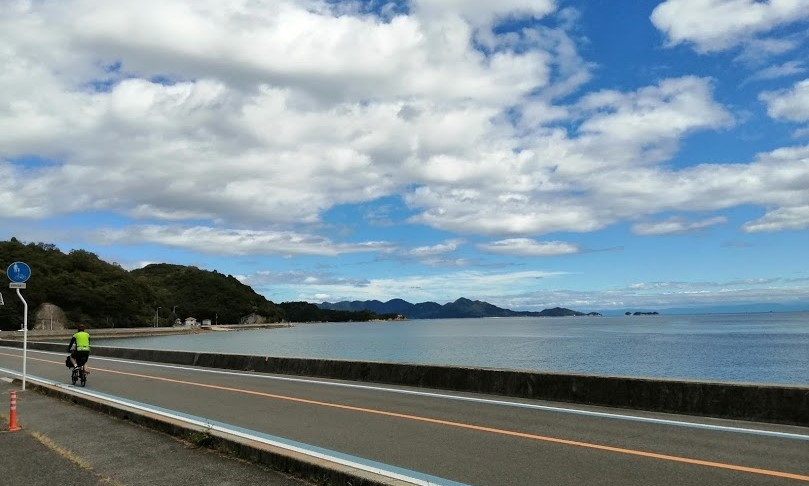Mukaishima coastal line