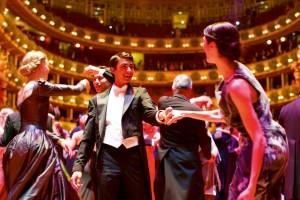 ウィーンの舞踏会に参加してみませんか?