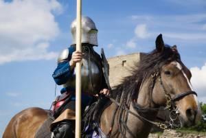 古城ホテルで楽しむ♪ポーランドの騎士祭り【ポーランド情報】