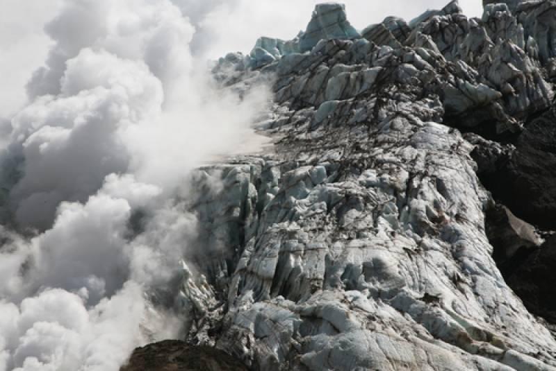 カムチャッカの秘境!ムトノフスキー火山