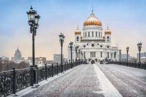 かつては温水プールだった?救世主キリスト聖堂の歴史