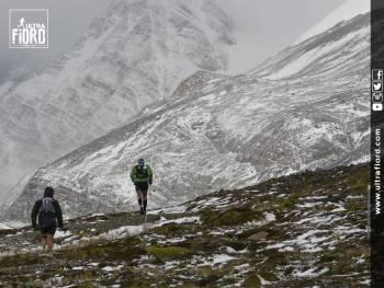 2017 4/4-10 チリ・パタゴニアの大自然を走る「Ultra Fiord」参加ツアー 100マイル、100km