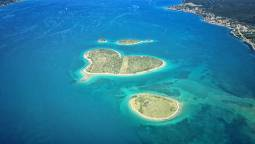 ~ハートの島を空から&神秘の青の洞窟~アドリア海満喫7日間