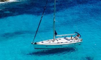 夢の体験がこの価格で実現!  チャーターヨットでアドリア海クルーズ