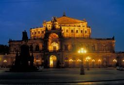 2017 ゼンパーオーパーでクリスマスオペラ鑑賞『ヘンゼルとグレーテル』★ベルリンとドレスデンで過ごす5日間