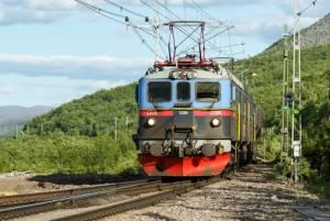 スウェーデンの大自然を走る国際鉄道