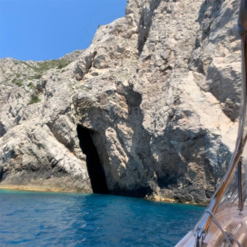 スロベニア&クロアチア縦断旅行記 6日目【青の洞窟ツアー】
