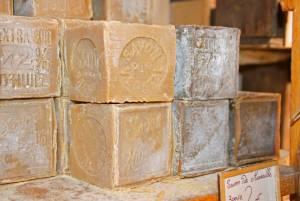 フランスの芸術とフランス人の職人 マルセイユ石鹸の工場