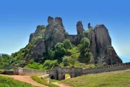 【専用車】絶景と歴史探訪 ブルガリア北西部7日間