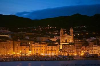 コルシカ島 地中海に浮かぶフランスの秘境