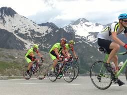 7/6-9 サイクリストの聖地「アルプデュエズ頂上ゴール」のシクロスポルティフ「ラ・マーモット2018」参戦ツアー 3泊5日