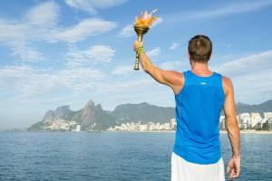 ギリシャから届くオリンピックの聖火