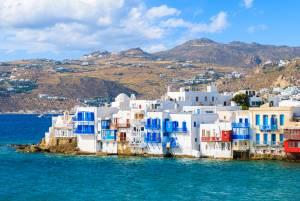 エーゲ海に浮かぶ白い宝石…ミコノス島