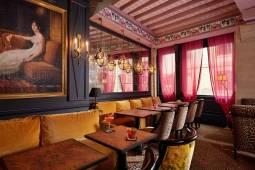 フランス新婚旅行 ☆パリHotel de JOBO(オテル・ド・ジョボ)で過ごすロマンチックハネムーン☆