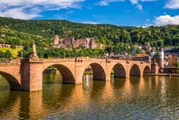 ドイツとベルギーの美しい古都を巡る旅<鉄道利用> 6日間