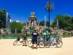毎日11:00出発 バルセロナ市内サイクリングツアー 3時間コース、現地英語ガイド付