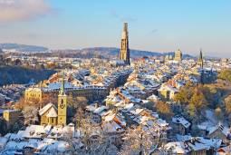 【期間限定】ベルン発着☆旧市街散策とクリスマスマーケット<日本語ガイド付>