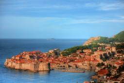 【キャビンチャーター2泊】ミニセーリングつきクロアチア旅行 9日間 <プリトヴィツェ&ドブロヴニク観光>