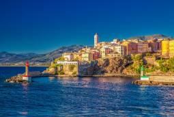 コルシカ島 地中海に浮かぶフランスの秘境|北コルシカの旅