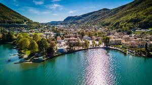 ルガーノ湖畔の2つの美しい村