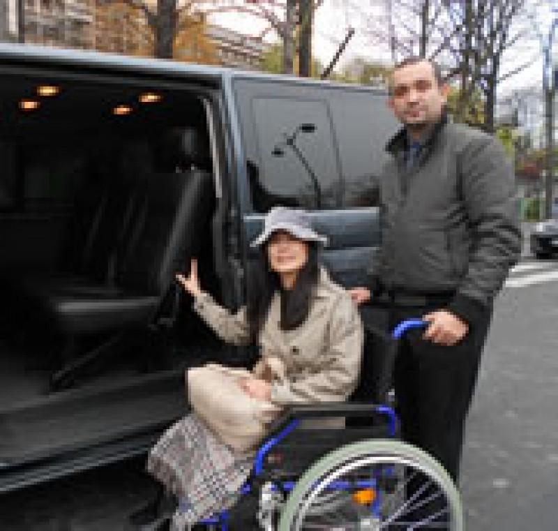 車椅子で散策するパリ滞在の旅 6泊7日