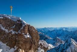 【夏期限定】ドイツ&オーストリアアルプスの大自然に触れる旅!7日間
