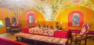 フレスコ画が鮮やか!ロマノフ家の屋敷