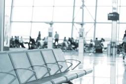 ブリュッセル空港到着時日本語アシスタント 1.5時間まで