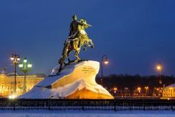 観光もフリータイムも充実!サンクトペテルブルク6日間