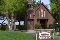 静かな木造チャペルで♡再誓式・バウリニューアル&大自然でウェディングドレス姿撮影♡ ~ラスベガス挙式・レッドロックキャニオン~ 現地5日間