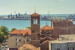 【専用車】黒海沿岸リゾート 中世の街並みと歴史8日間