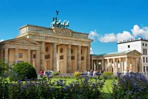 """番組情報 5/2 NHKBSプレミアムで「地球タクシー5min.ドライブ「ベルリンを走る""""壁""""があった街」"""