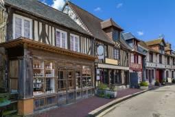 フランスの最も美しい村を訪ねて|ノルマンディー地方のグルメ旅