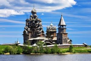 まるで中世の世界:キジ島