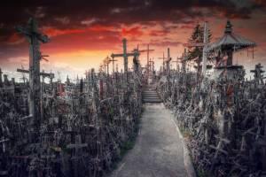 聖なる地、十字架の丘【リトアニア情報】