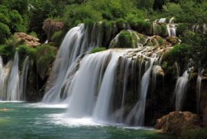 絶景の2大公園 プリトヴィツェ湖群国立公園とクルカ国立公園