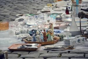 アンティーク・雑貨を探す/蚤の市 @ブリュッセル  ジュ・ド・バル広場(Place du jeu de balle)