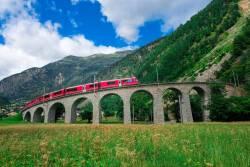 氷河急行・ベルニナ急行☆スイス鉄道の旅
