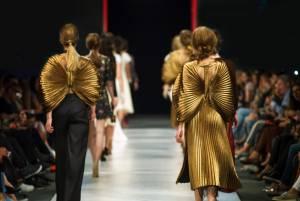 パリだけじゃない!世界が注目するアントワープのファッションショー