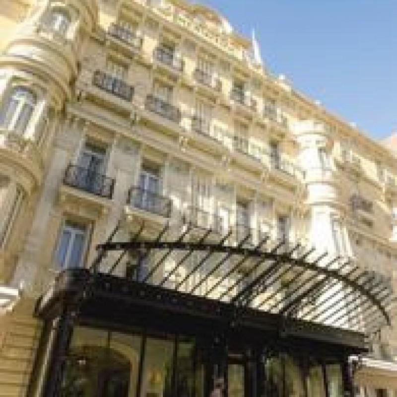 ♪5つ星ホテルに宿泊♪モナコを自由にお得に楽しむ旅