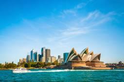 オーストラリア ウルル・エアーズロック、ブルーマウンテンズ国立公園とシドニー