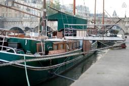 パリで水上生活 ~セーヌ川 ペニッシュで宿泊~ 4名様 96,000円~