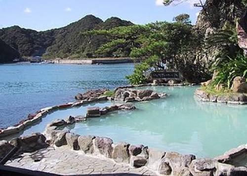Onsen: source thermale comme trésor naturel de l'archipel