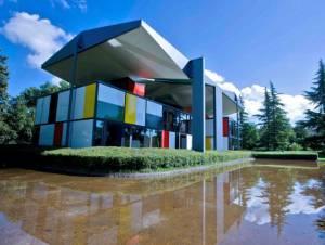 近代建築がお好きな方必見のスイスツアー