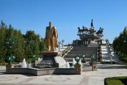 炎と遺跡の国トルクメニスタン6日間
