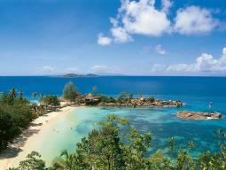 ☆大人気のコンスタンス・レムリアに滞在☆成田発着エティハド航空で行くプララン島3泊6日間