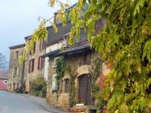 新着ツアーのご紹介♪ ワロンの最も美しい村々と古城をめぐる美食旅